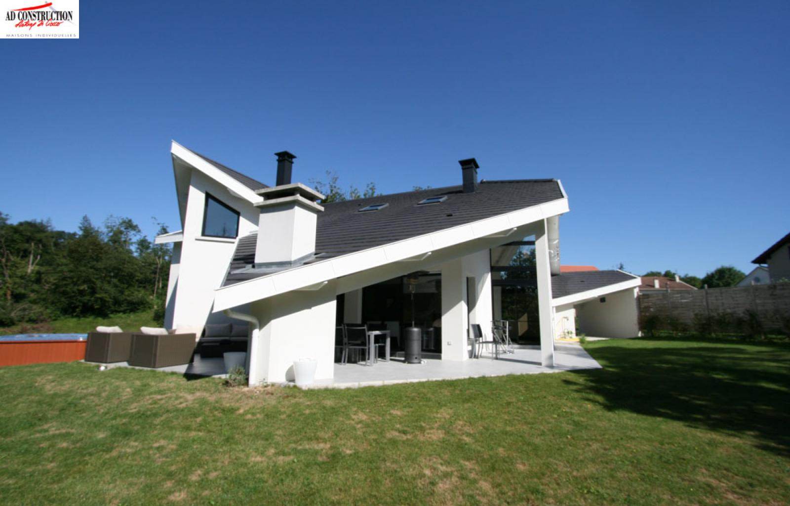 Villa contemporaine à Cruseilles